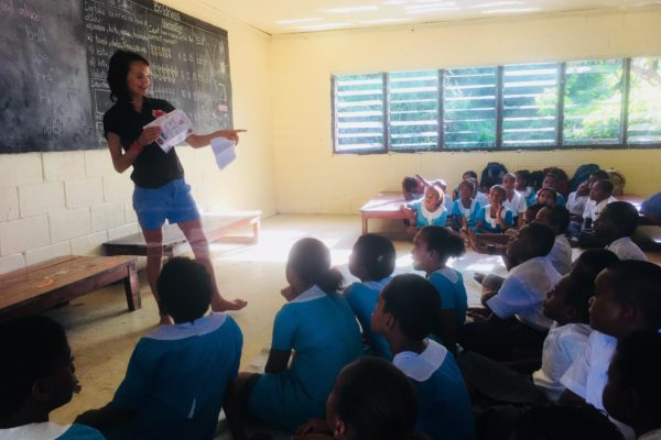 Medical Student Millie Woods teaching in Fiji