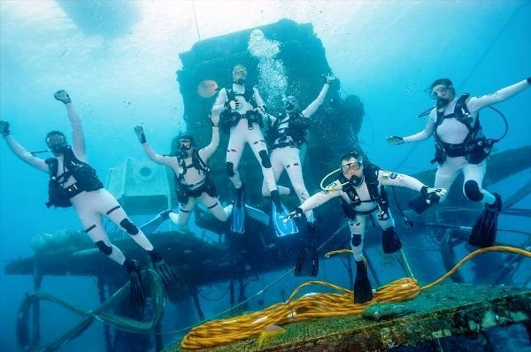 Diving Medicine on Aquarius Reef Base, Florida